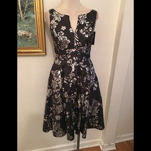 ANNE KLEIN PRINT DRESS SZ 4